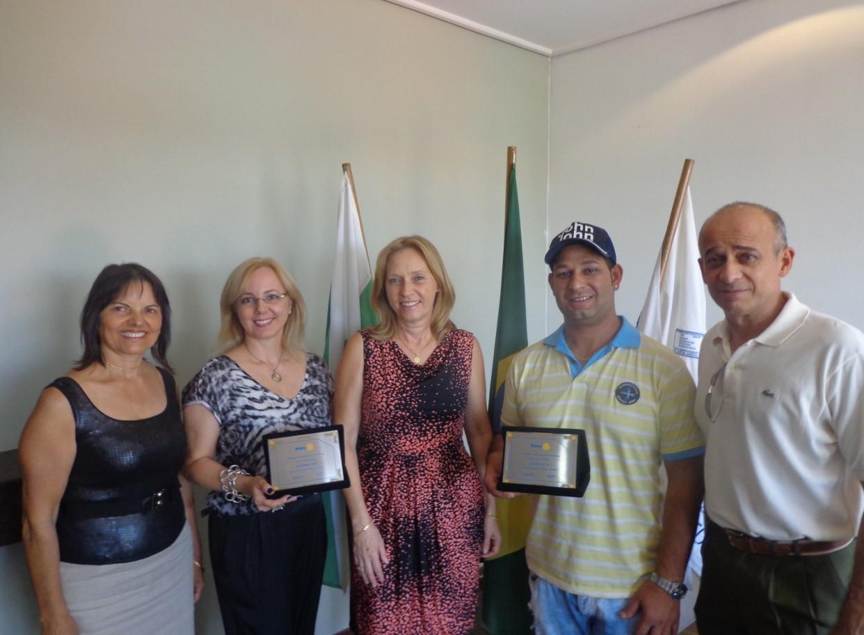 Ivete Bertollo de Alexandre, Giovanna Cino, Isaura Telli presidente do Rotary Pinhais, Eduardo José Carlos da Silva e Valdir Alexandre