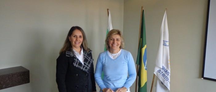 Sandra Greca Toledo e Sinara Favaro de Morais