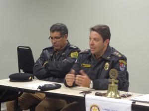 Capitão Anderson Mendes de Araújo e Tenente Coronel Mauro Celso Monteiro