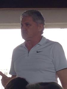 Companheiro Rudiney explanando sobre o projeto Dia do Rio